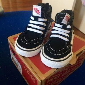Vans Shoes - Hightop Vans (Babies)